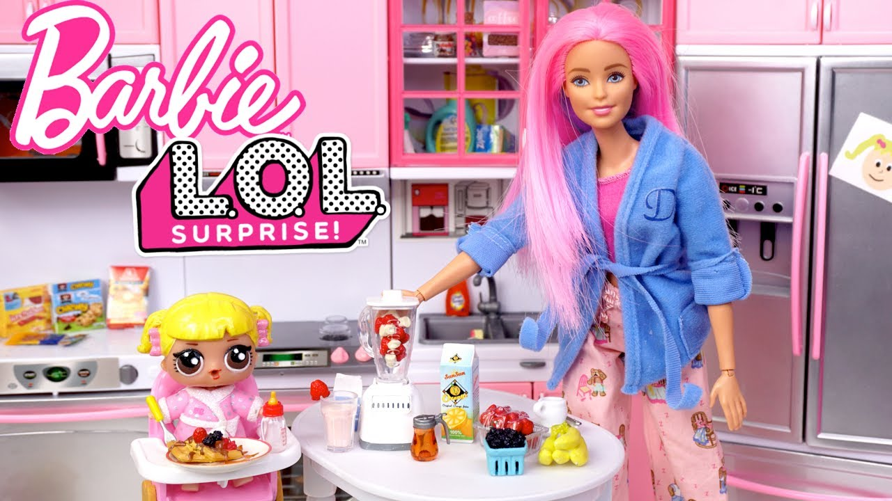 Barbie LOL Baby Goldie Family Morning Routine - School Bus Field Trip
