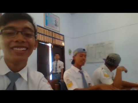 Ajar Gendeng Alif Pundi Hastoro & Reza Fauzi Ahmad - XII TKJ 2 SMK Negeri 1 Giritontro