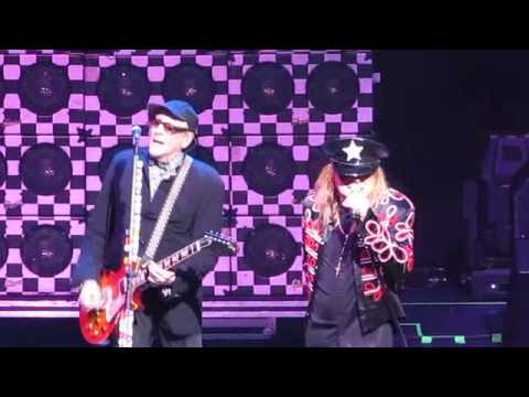 """Cheap Trick """"In The Street"""""""
