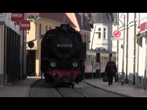 Street Running Steam Train