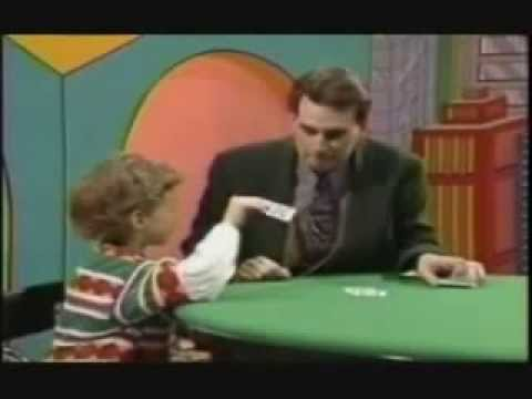 MAGICIAN FAILS - Smart Kid Catches Magician :: HILARIOUS FAIL