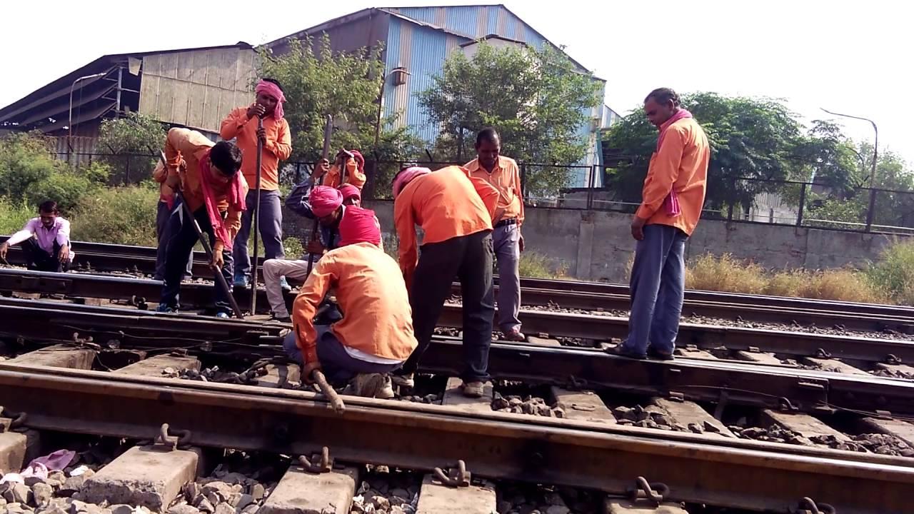 Railway trackman - YouTube