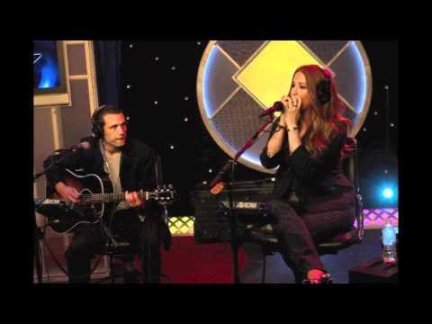 Alanis Morissette - Head Over Feet (Howard Stern 2011.10.12) audio only mp3