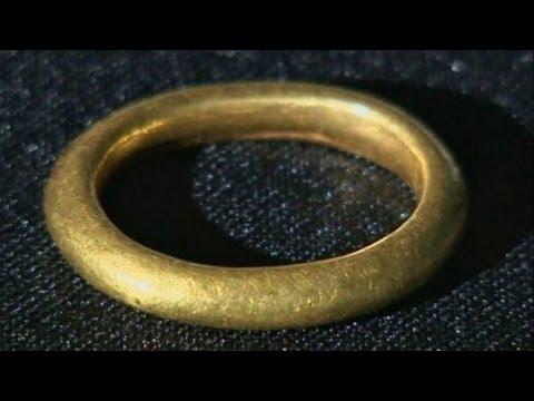 Кладоискатель нашел сокровища викингов