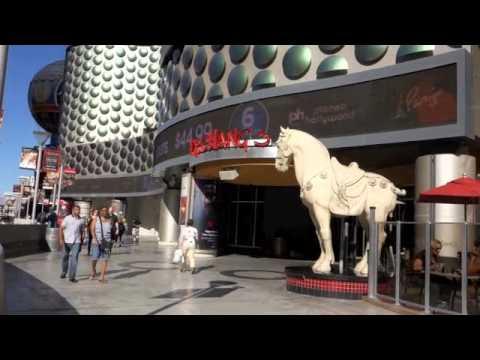 Walking the Las Vegas Strip
