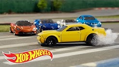 HW Factory Fresh in Making the Cover | Hot Wheels