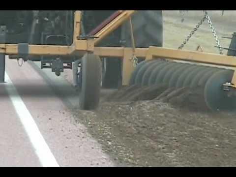 Retriever Disc, road shoulder gravel reclaimer