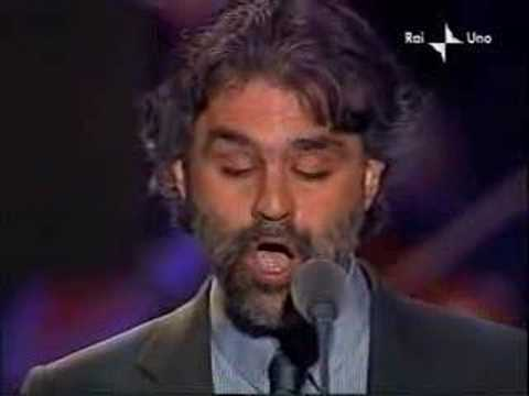 blind singer ( the famos Andrea Bocelli )