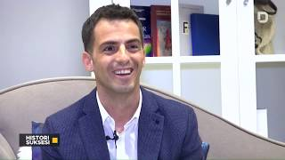 Download Histori Suksesi - Nëntor Oseku - promovues i turizmit shqiptar  -  07.03.2019