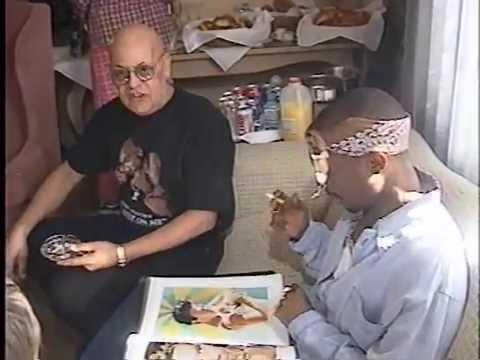 Tupac in Death Row HQ - Bathtub Photoshoot (HQ)