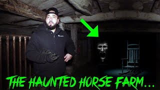 A GHOST SPOOKS THE HORSES AT THIS HAUNTED FARM (PARANORMAL CAUGHT ON CAMERA)