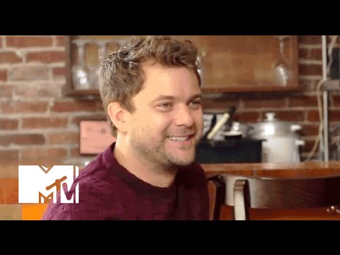 """Joshua Jackson Can't Get Over """"Dawson's Creek"""" 