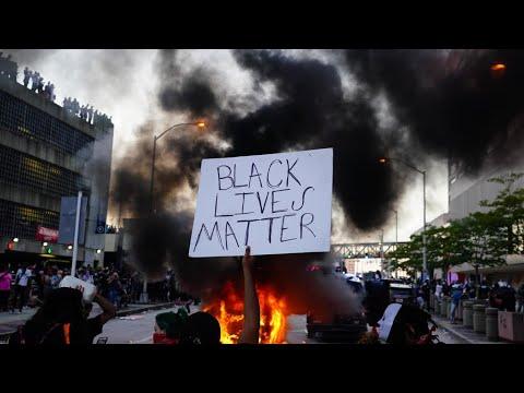 Décès de George Floyd : multiples manifestations malgré l'inculpation d'un policier