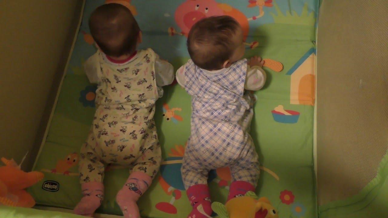 Также купить кровать манеж в минске следует по следующим причинам:. Детская кроватка-манеж chicco lullaby playard (с шезлонгом для.