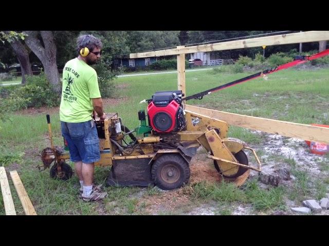 vermeer 222 grinder with Honda vs old petrified pine