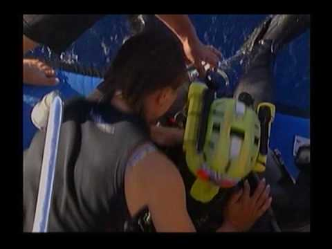 """World Record Deepest Dive 318,25 m Nuno Gomes """"Beyond Blue"""" trailer"""