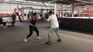Oscar Valdez Got Sick Skills - esnews boxing