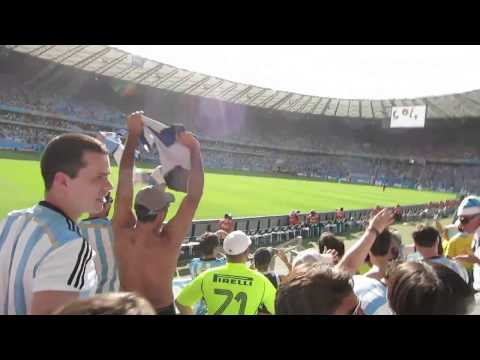 Argentina vs Iran 1-0 goal Argentine fans reaction