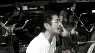 今年デビュー30周年を迎える清水宏次朗がアルバム「MIND BREEZ」以来、...