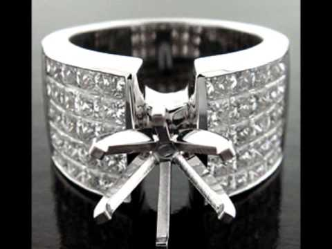 PRINCESS CUT INVISIBLE SET DIAMOND ENGAGEMENT RING