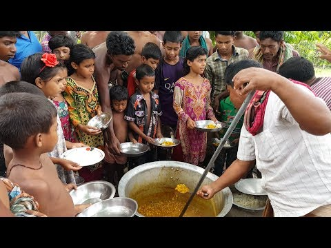 Cow Intestine Cooking By Villagers For Charity Work To Feed 150+ Children & Villagers With Rice