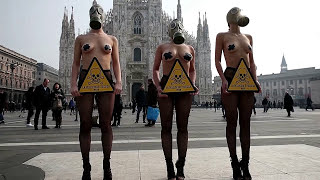 Christmas: 1000s PETA Young Naked Girls Asking U To Stay Cruelty Free This Holiday Season