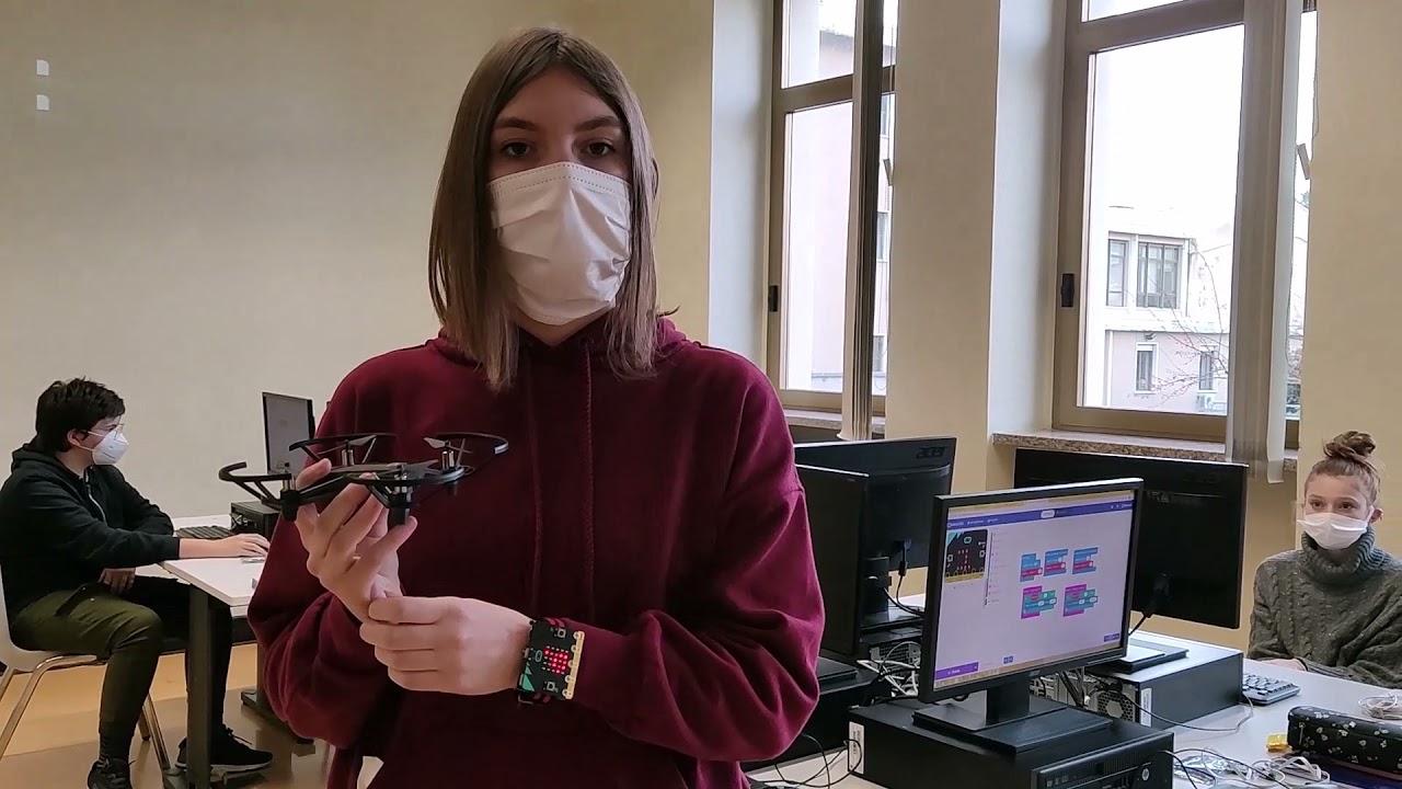 Download Video 3: PRESENTAZIONE DEL DRONE - I NOVELLINI (Look&Fly4Me) - IIS GAE AULENTI - BIELLA