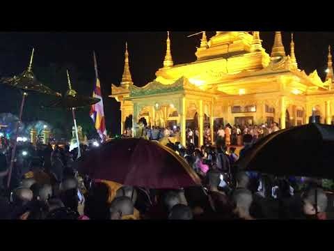 Golden Pagoda in Namsai gets precious Buddha relic from Sangharaja of Thailand
