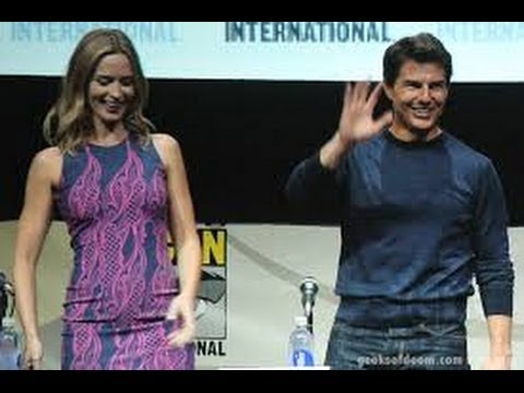 THE EDGE OF TOMORROW - MOVIE REVIEW - TOM CRUISE & EMILY BLUNT.