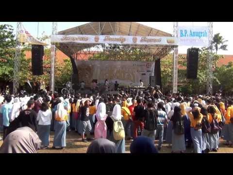 Vierratale - Rasa Ini Live at SMAN 1 Jepara - 9/9/2013