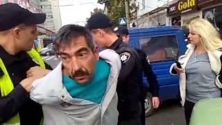 Патрульная полиция г. Сумы скрылась с места ДТП.(, 2016-09-21T13:43:02.000Z)