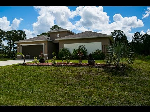 918 Rush Ave, Lehigh Acres, FL 33972