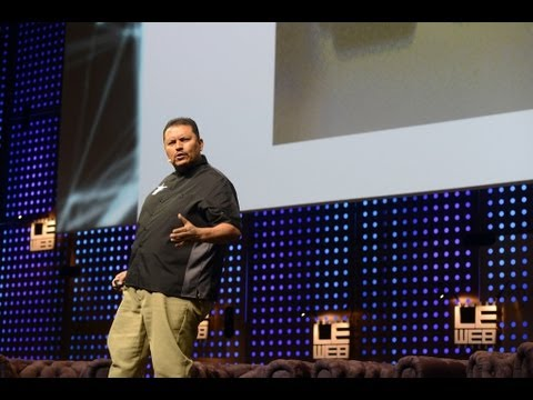 Ramon de Leon, Social Media Marketer at Dominos Pizza Energizes the Stage at LeWeb Paris 2012