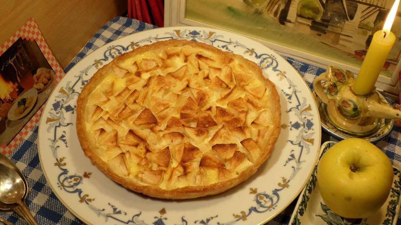 recette tarte aux pommes grand m re mitraille la normande youtube. Black Bedroom Furniture Sets. Home Design Ideas