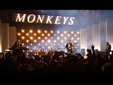 Arctic Monkeys Live At The Bill Graham Auditorium (San Francisco)