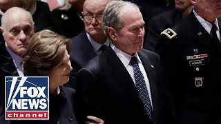 George W. Bush arrives for state funeral of George H.W. Bush
