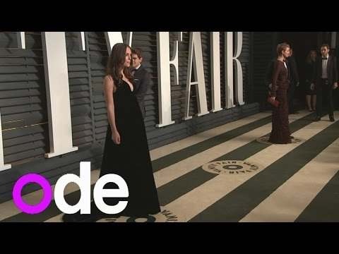 Vanity Fair Oscar party: Keira Knightley shows off baby bump in black dress