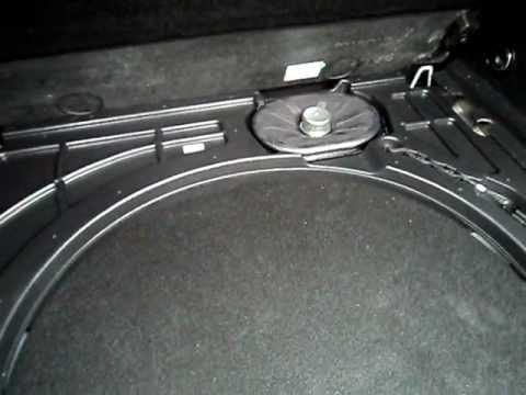 opel astra sports tourer infinity sound system woofer. Black Bedroom Furniture Sets. Home Design Ideas