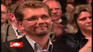Socialdemokraterne vælger deres første kvindelige formand - 12. april 2005