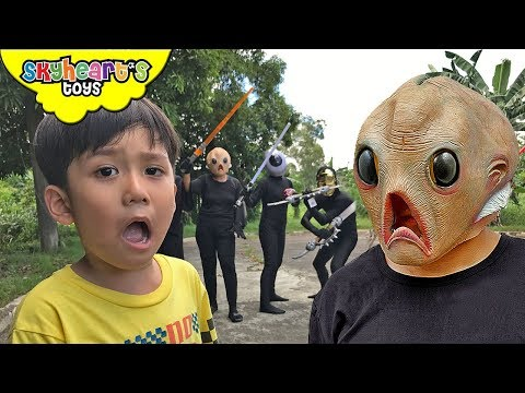 ALIEN INVASION vs Toddler Part 2 | Skyheart ufo sword battle war toys kids playtime