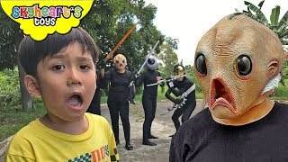ALIEN INVASION vs Toddler Part 2 | Skyheart ufo sword battle war toys kids playtime