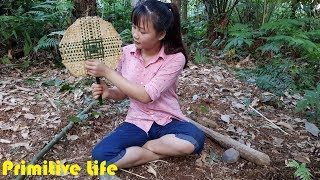 Primitive technology: knit bamboo fan