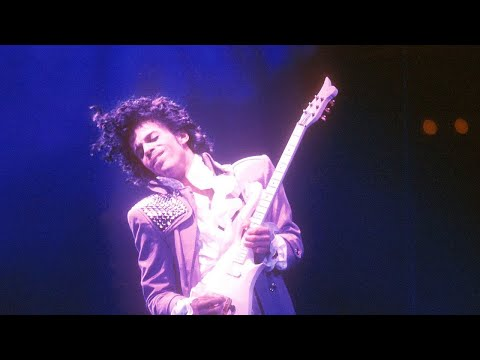 Prince - Purple Rain (Official Video)