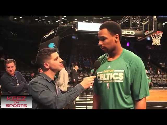 Jared Sullinger talks kicks with Keez on Sports Travel Video