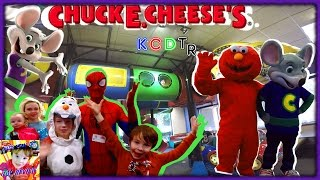 Spider-Man, Frozen Elsa, Baby Anna, and Olaf Go to Chuck E Cheeses for Chucktober With Elmo