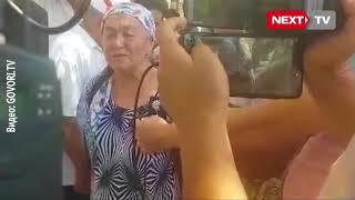 Экс-мэр Албек Ибраимовдун апасы митингге чыкты