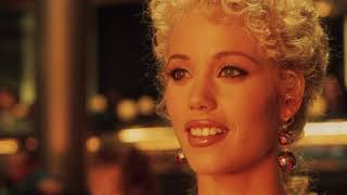 Showgirls (1995) en Español - Castellano