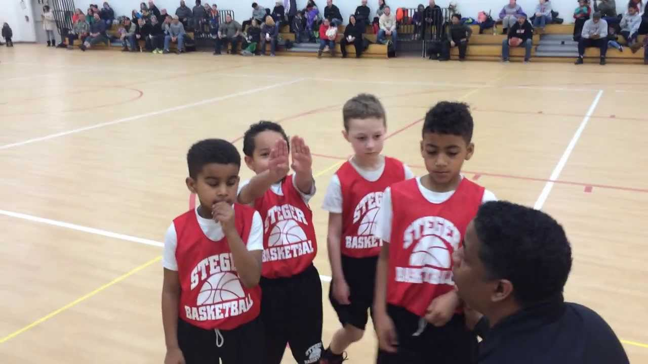 7 year old Phoenix Gill hits the game winning shot in the last 3