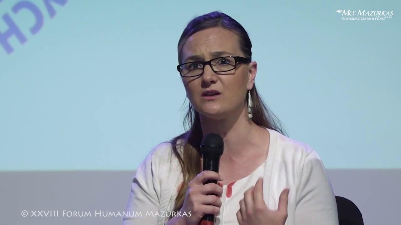 """XXVIII Forum Humanum Mazurkas- """"Dom rodzinny matki mej"""" – Rozmowa na proscenium"""