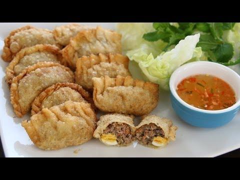 Vietnamese Crispy Dumplings (Bánh gối/ Bánh xếp/ Bánh quai vạc)